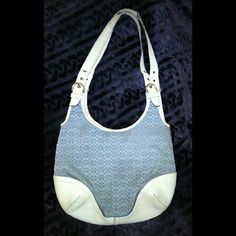 COACH  AUTHENTIC HOBO LARGE VERY USED & WELL STORED DEFINITELY HAS WEAR ON THE OUTSIDE BUT STILL CAN BE REPAIRED WITH WHITE LEATHER PAINT & STRAPS CAN BE REPLACED. INSIDE  BEAUTIFUL  WILLING TO DO A BUNDLE FOR THE ENTIRE COACH LOT. JUST HAVE TO ASK ;) PLEASE ASK ME TO DOUBLE CHECK BEFORE PURCHASING I SELL ON OTHER SITES. SOMETIMES THE DAY GETS BUSY ;) NO FREE SHIPPING FIRM I ANSWER ?'s 6:30AM - 8:30PM PACIFIC TIME WHEN I'M NOT DRIVING. THANK YOU FOR YOUR INQUIRY & HAVE A GREAT DAY Coach Bags…