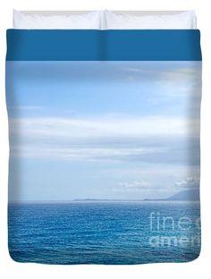"""Hazy Ocean View Queen (88"""" x 88"""") Duvet Cover"""