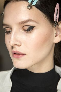 Oscar de la Renta Fall 2016 Ready-to-Wear Fashion Show Beauty