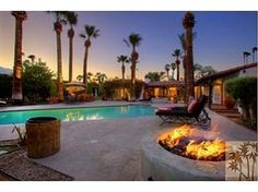Lucile Ball's home on the Palm Springs Celebrity Tour. http://sightseepalmsprings.com/tours/celebrity-grand-tour