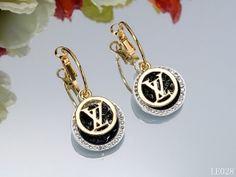 Boucles d'oreilles Louis Vuitton 027    Boucles d'oreilles Louis Vuitton  Prix de vente : € 16.45