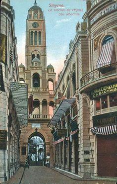Το καμπαναριό της Αγίας Φωτεινής στην Σμύρνη.