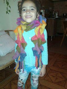 Entrelac scarf by Kriszti Czekmany