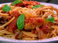 Chicken Cacciatore recipe from Paula Deen via Food Network Turkey Dishes, Turkey Recipes, Chicken Recipes, Chicken Caccitore, Food Network Recipes, Cooking Recipes, Drink Recipes, Cacciatore Recipes, Spinach Stuffed Chicken