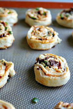 Buffalo Style Bacon-BlueCheese Pinwheels | heathersfrenchpress.com #appetizers