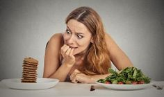 18 Healthy Foods to Eat When Cravings Strike Many people get the urge to eat unhealthy foods, especially when they're on a diet. In fact, it's thought that around of . Foods To Avoid, Healthy Foods To Eat, Healthy Snacks, Healthy Sweets, Diet Foods, Stay Healthy, Healthy Mind, Healthy Drinks, Low Carb Recipes