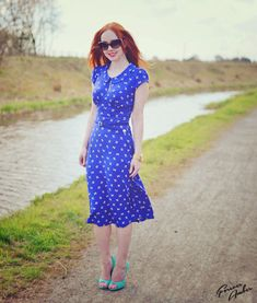 blue bird print tea dress - asos no longer available (sadface) Modest Dresses, Modest Outfits, Classy Outfits, Pretty Outfits, Stylish Outfits, Casual Dresses, Summer Dresses, Tea Dresses, Dress Skirt