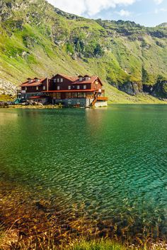 All things Europe — Balea Lake, Romania (by Vasile Hurghis) Romania Travel Destinations Honeymoon Backpack Backpacking Vacation Europe Budget Bucket List Wanderlust Places To Travel, Places To See, Travel Destinations, Bósnia E Herzegovina, Hallstatt, Visit Romania, Romania Travel, Foto Transfer, Neuschwanstein