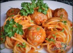 Recept Špagety v zeleninové omáčce s masovými kuličkami Spaghetti, Penne, Tortellini, Tandoori Chicken, Pasta Recipes, Zucchini, Soup, Stuffed Peppers, Snacks
