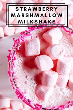 This delicious Strawberry Marshmallow Milkshake blends up creamy vanilla ice cream with fresh strawberries and marvellous marshmallow fluff to deliver the sweetest, most scrumptious sips! Ice Cream Milkshake Recipe, Homemade Milkshake, Strawberry Milkshake, Milkshake Recipes, Easy Dinner Recipes, Dessert Recipes, Desserts, Best Milkshakes, Strawberry Recipes