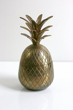 Vintage Hollywood Regency Large Brass Pineapple by WiseApple » How fantastic is this. I love all things pineapple and this one is perfect!
