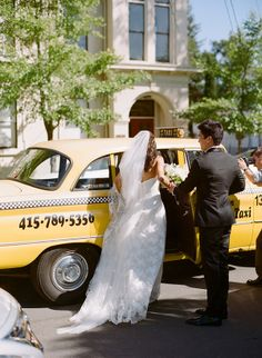 Megan & Clinton   Classic Wedding at Beaulieu Garden