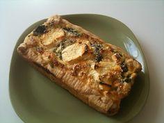 Τάρτα σε στυλ Τερίνας με σπανάκι,μανιτάρια και κατσικίσιο τυρί Baked Potato, French Toast, Potatoes, Baking, Breakfast, Ethnic Recipes, Food, Morning Coffee, Potato