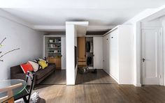 390 Square Foot Micro Apartment With Multifunctional Sliding Wall Micro Apartment, 1st Apartment, Manhattan Apartment, Apartment Design, Apartment Therapy, Small Apartments, Small Spaces, Murs Mobiles, Moving Walls