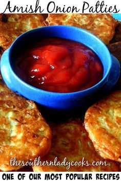 Onion patties are quick and easy to make and come from the Amish. They make great appetizers and snacks. Serve onion patties with ketchup Great Appetizers, Amish Recipes, Ketchup, Chili, Onion, Chile, Chilis, Onions, Amish Food Recipes