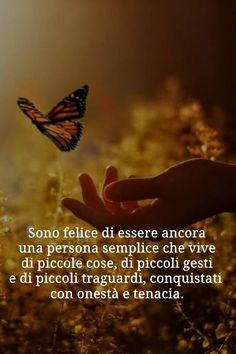 Frasi belle per Facebook e i social | 👩🏻💻 Passione Folle Clean Life, Good Sentences, Italian Quotes, Quotes About Everything, For You Song, Inspirational Phrases, Magic Words, Life Motivation, Spiritual Quotes