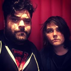gerard is bringing back his revenge hair