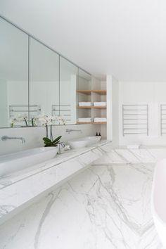 Vaucluse residence VIII modern-bathroom