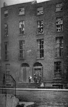 Tenement Houses on Grenville Street, c. Dublin Street, Dublin City, Dublin Ireland, Ireland Travel, Old Pictures, Old Photos, Irish Independence, Pigeon House, Monster House