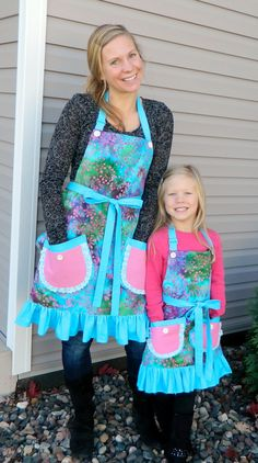 Pink and Blue Mother Daughter Apron Set Mommy and Me by NessasNest  www.etsy.com/shop/NessasNest
