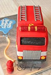 Fire truck cake - Not sure if I can pull it off, but it would be awesome! Fireman Cake, Fireman Party, Cupcakes, Cupcake Cookies, Fireman Birthday, 2nd Birthday, Beautiful Cakes, Amazing Cakes, Fire Truck