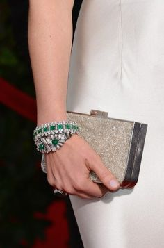 Isla Fisher wearing @ferragamo clutch and Bulgari jewels – SAG Awards #2014