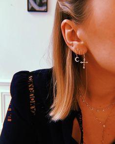 Dainty Diamond Earrings in Solid Gold / Chevron Earrings / V Stud Earrings / Delicate Diamond Studs / Graduation Gift - Fine Jewelry Ideas Second Hole Earrings, Double Earrings, Crystal Earrings, Diamond Earrings, Cross Earrings, Diamond Jewellery, Big Earrings, Ear Jewelry, Cute Jewelry
