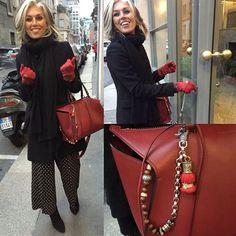 Paola Marella indossa Chaine a Poche