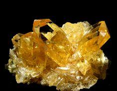 Orange Gypsum - Peru Minerals And Gemstones, Crystals Minerals, Rocks And Minerals, Stones And Crystals, The Dark Crystal, Clear Quartz Crystal, Gypse, Beautiful Rocks, Mineral Stone