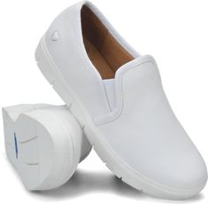 In TP, it is essential to have comfortable shoes as a lot of walking will be done hence, comfortable shoes such as covered slip ons, sneakers and sport shoes should be used. White Nursing Shoes, White Shoes, Nike Air Jordans, Nike Air Jordan Retro, Comfy Shoes, Comfortable Shoes, Design Thinking, Nurse Mates Shoes, Nurse Shoes