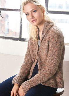 Kostenlose Strickanleitung: kuschelige Jacke mit Schalkragen im Halbpatentmuster stricken / free knit pattern: cozy knit cardigan with roll collar via lanagrossa.de