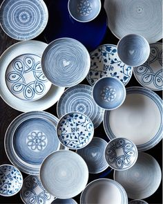 Shop the ED Ellen DeGeneres Tabletop Collection Crafted by Royal Doulton at Bed Bath & Beyond Including Dinnerware Sets, Plates, Mugs, and Bowls For A Complete Tableware and Dishware Set Pottery Painting, Ceramic Painting, Ceramic Art, Blue Pottery, Ceramic Pottery, Ellen Degeneres Home, Blue Dinnerware, Ceramic Design, Dinner Sets