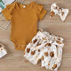 Newborn Girl Outfits, Cute Baby Girl Outfits, Cute Outfits For Kids, Baby Girl Dresses, Toddler Outfits, Children Outfits, Children Clothes, Trendy Baby Clothes, Baby Clothes For Girls