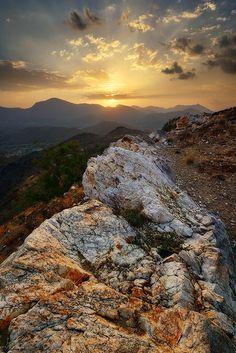 Sunset mountain II !! by almalki abdullrahman