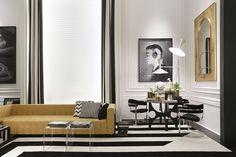 Decoração de: Detalhes; sofá amarelo; Casa de Valentina
