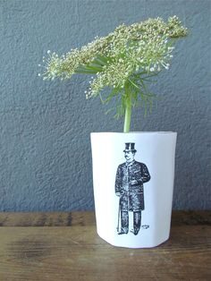 I love this quirky vase.