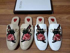 Sandal slipper guci bunga import hongkong qualitas premium  type 5311-582 ready white n aprikot ukuran 35 - 40 harga Rp. 285.000  follow my new instagram artati_shine  pemesanan harap cantumkan ukuran, warna dan gambar  peminat serius hub whatsapp 087825743622 line id @jps9410s  #sandalwanita #slipper #selop #import #bunga