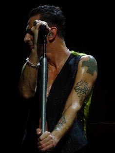 Dave Gahan of Depeche Mode, Delta Machine Tour