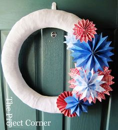 The Project Corner: Patriotic Wreath