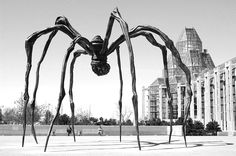 Louise Bourgeois, Maman, Provocative, inventive sculptor whose perceptions of the body informed her art, culminating in the spider figure Maman. Louise Bourgeois Maman, French Sculptor, Saatchi Gallery, Animal Projects, Sculpture, Artist Art, American Artists, Installation Art, Cool Pictures
