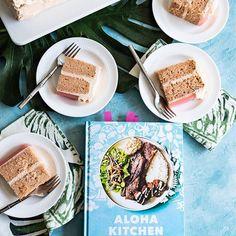 Aloha Kitchen Hawaiian Guava Cake - Pineapple and Coconut - Trend Cake Toppings 2019 Kitchen Recipes, My Recipes, Cake Recipes, Dessert Recipes, Desserts, Pineapple Coconut, Pineapple Cake, Guava Cake, Vanilla Bean Cakes