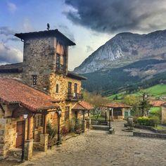 6. Asador Etxebarri, Axpe, Spain Instagram  via @AOL_Lifestyle Read more: https://www.aol.com/article/lifestyle/2017/04/05/worlds-best-restaurant-2017/22027401/?a_dgi=aolshare_pinterest#fullscreen