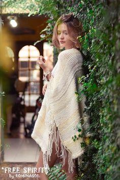 Poncho #Handmane #boho #bohochic #bohostyle #bohofashion #bohemian #bohem #hippie #hippiechic #hippiestyle #style #gypsy #gypsysoul #fashion #ouftifs #Freespirit By #ROMINASOL