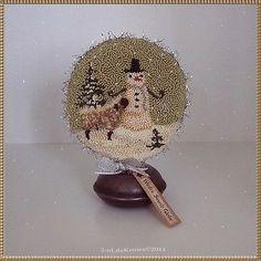 Winter-Snow-Globe-Original-Primitive-Punch-Needle-Snowman-Sheep-Christmas-OOAK