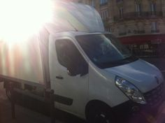 Camion de 20m3 avec chauffeur pour déménager à Paris #demenagement #camionpourdemenager