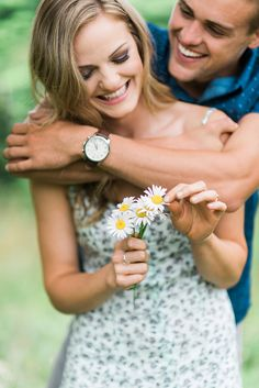 Cute Outdoor Whimsical Engagement Photography in Summer