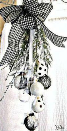 A Black & White Christmas Tea ~ Debbie ❤
