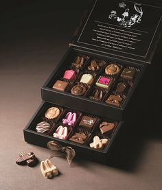 Valentine of Daimaru Tokyo-About 500 kinds including limited chocolate from all 64 brands, Artisan Chocolate, Chocolate Sweets, Chocolate Shop, Chocolate Factory, Chocolate Gifts, Chocolate Truffles, Chocolate Lovers, Beer Packaging, Food Packaging Design