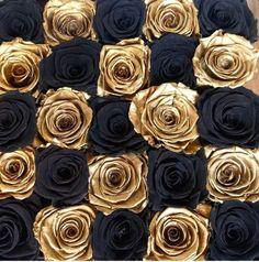 Black And Gold Aesthetic, White Aesthetic, Aesthetic Photo, Aesthetic Art, Aesthetic Pictures, Estilo Dark, Or Noir, Gold Bedroom, Bedroom Black