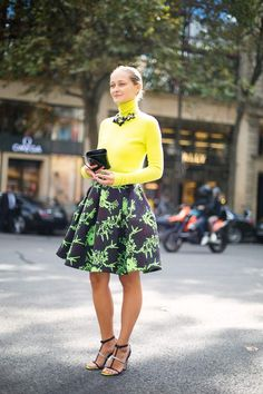 Daria rocking Kenzo in Paris. #DariaShapalova #PFW